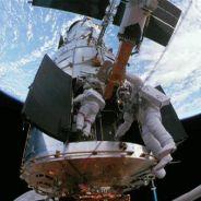 В открытом космосе. 12 апреля